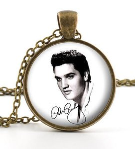 Elvis Picture Pendant - Necklace - Vintage Elvis Presley The King of Rock Art