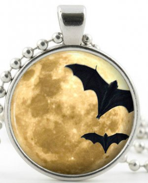 Spooky Full Moon Pendant With Bats -Silver Necklace- Halloween Picture Jewellery