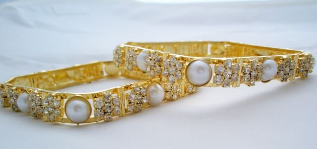 Stylish Rhinestone Pearl Square Bangle Bracelet Pair