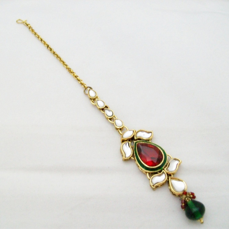 Traditional Kundan Maang Tikka Bridal Jewelry