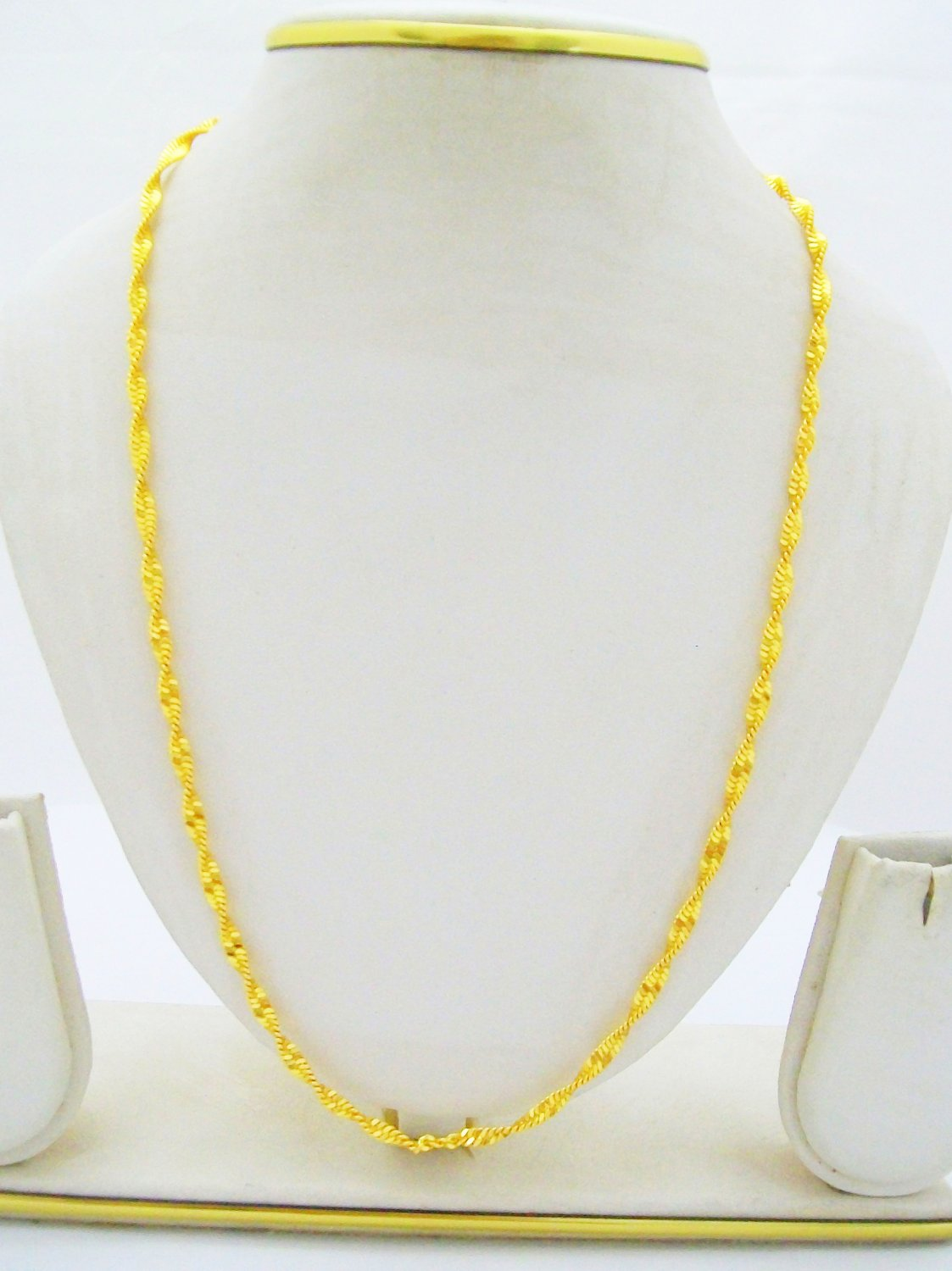 24K Gold Plated Twisted Disco Chain Necklace 22 Inches