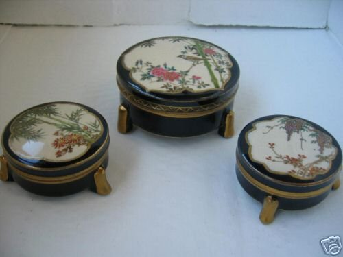 STUNNING ANTIQUE 3 SATSUMA FLOWER COBALT POWDER BOXES
