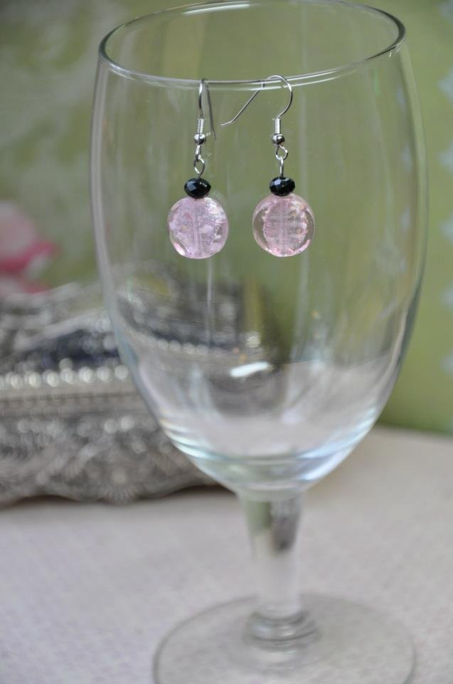Chic Pink Black Drop Bead Earrings