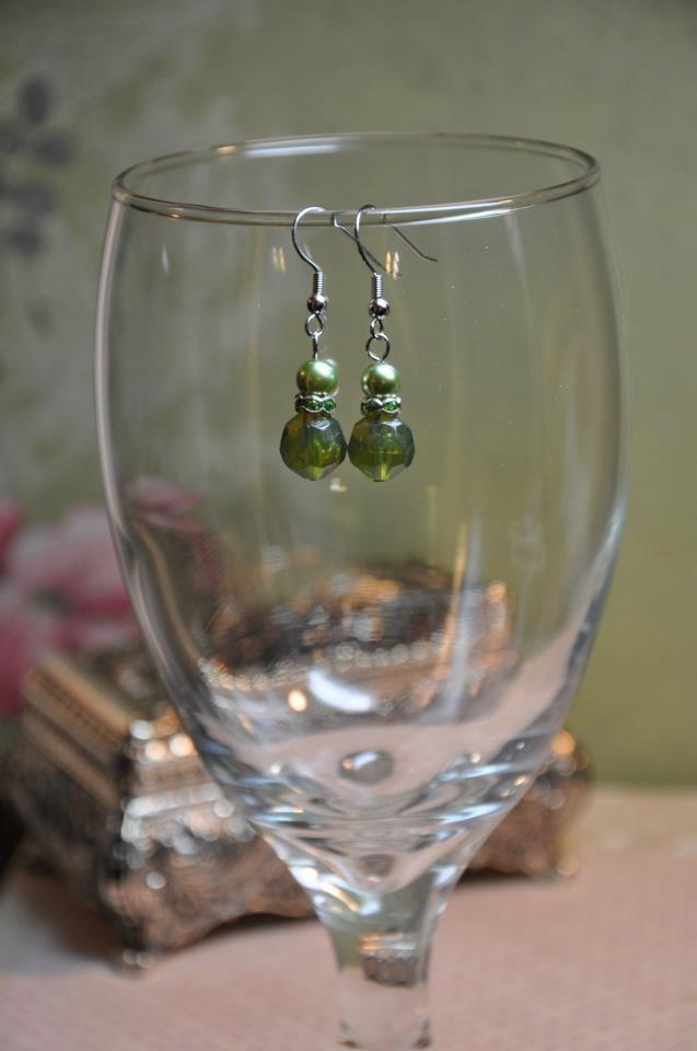 Green Regal Chunky Faux Glass Pearl Drop Earrings