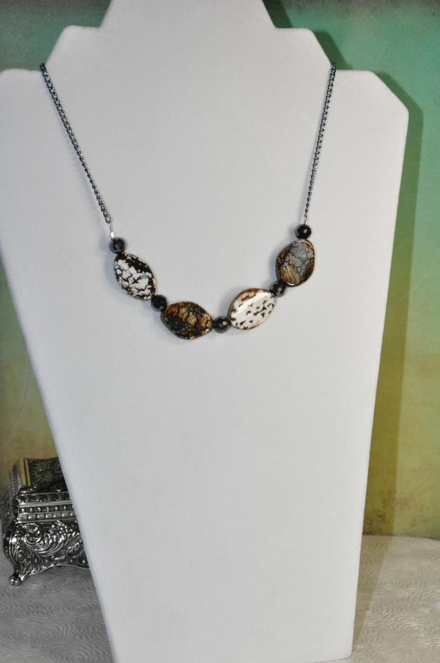 Natural Brown and Black Agate Gemstone Necklace