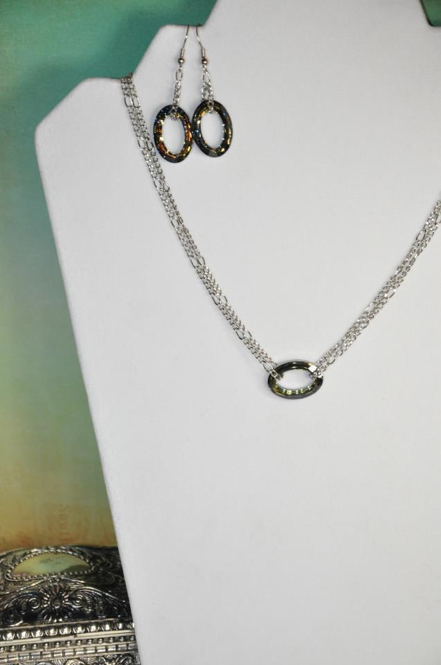 Crystal Swarovski Cosmic Ring Pendant Necklace Set