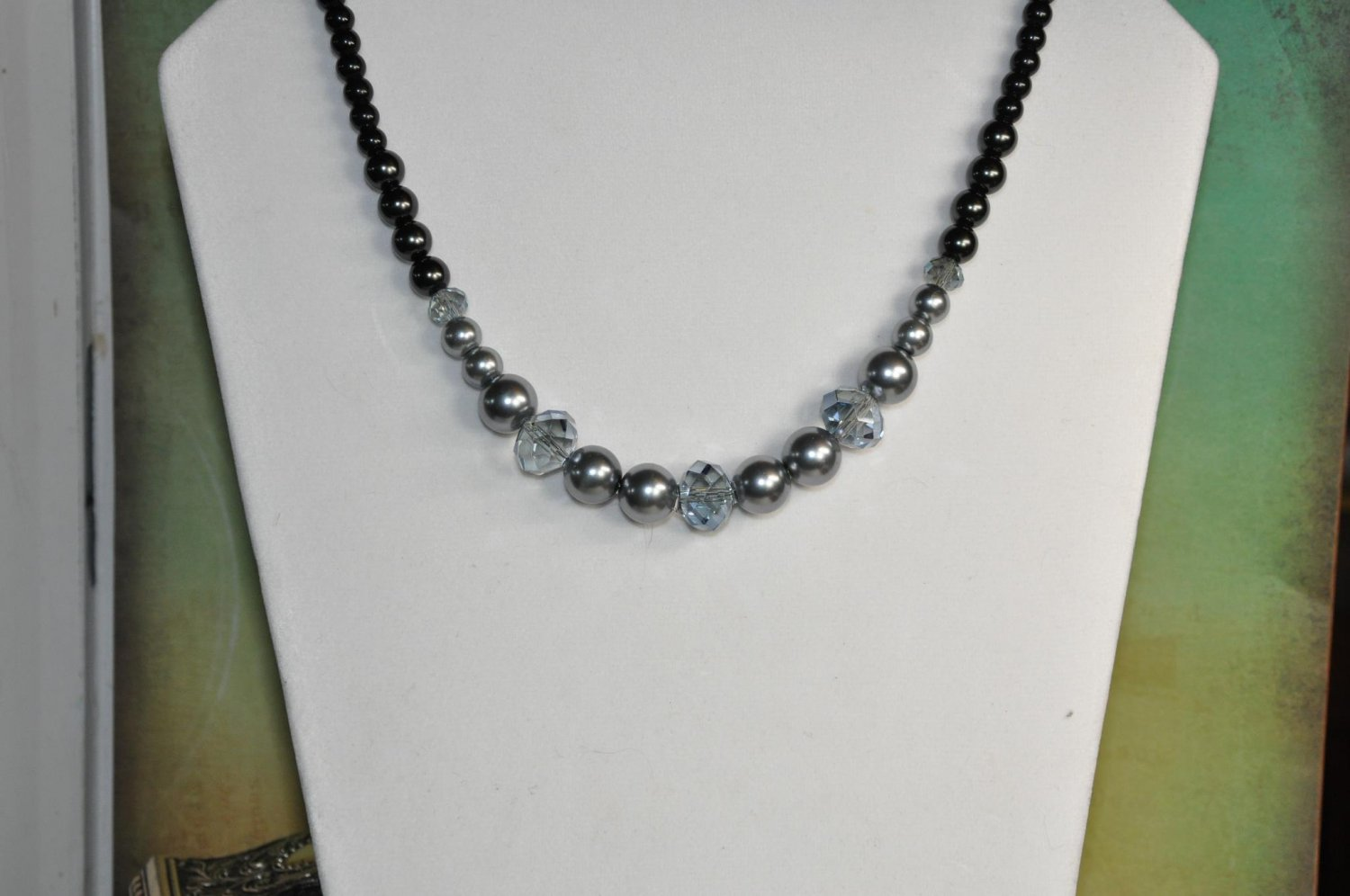 Stunning Black and Grey Crystal Pearl Chunky Bead Necklace