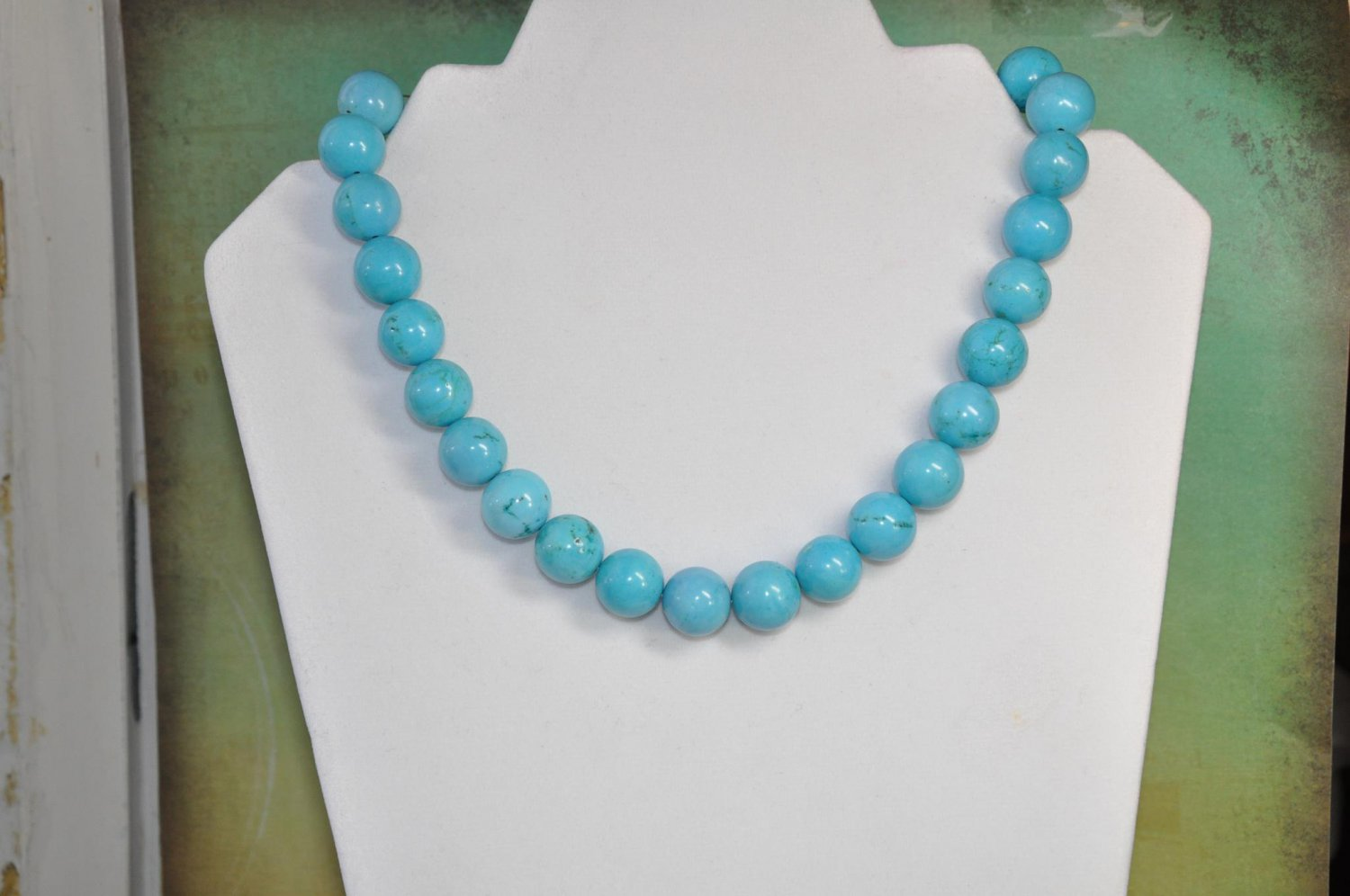 Natural Turquoise Gemstone Round Chunky Necklace