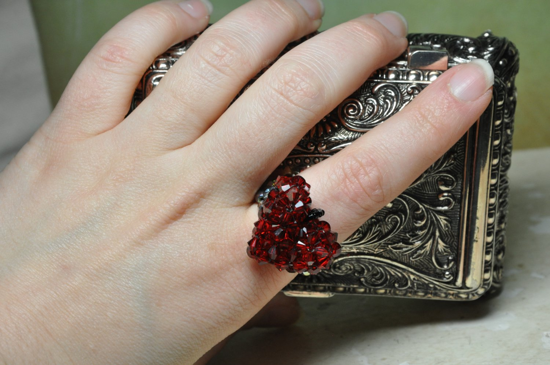 Handmade by Studio Artist My Red Black Swarovski Crystal Heart On A Ring