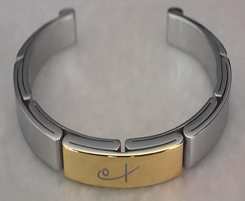 Sports cuff bracelet