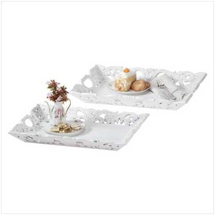 Carved Leaf Tray Set