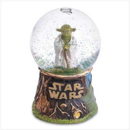 Master Jedi Yoda Mini Snowglobe