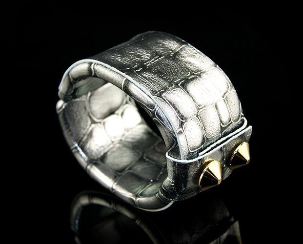 Fashion beautifully painted gray snake leather bracelet mosquito elastic adjustable free shipping