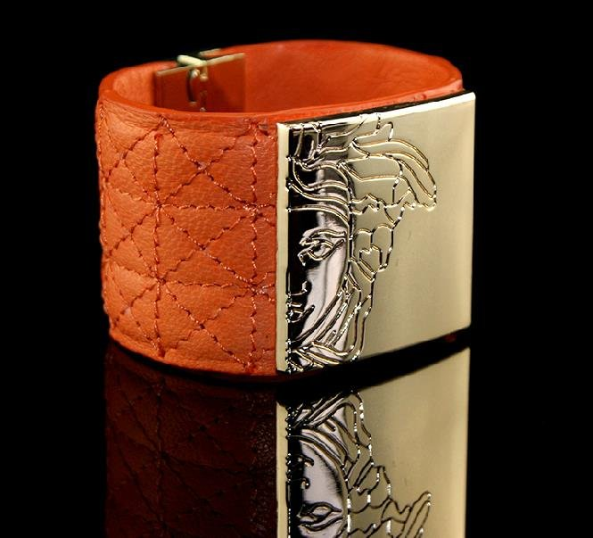 Fashion accessories metal painted bright leather strap bracelet gift free shipping -zp033