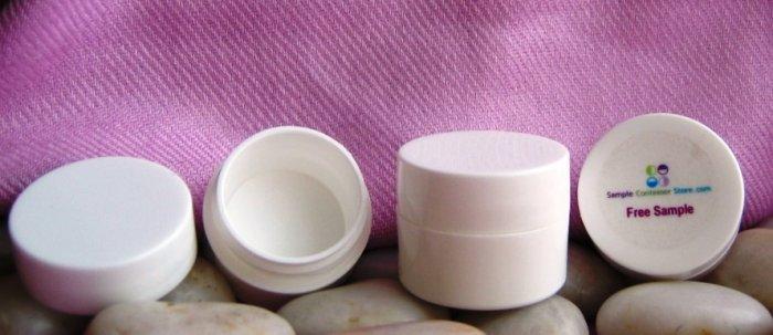 (50) 1/4 oz White double wall Pots w/ lids