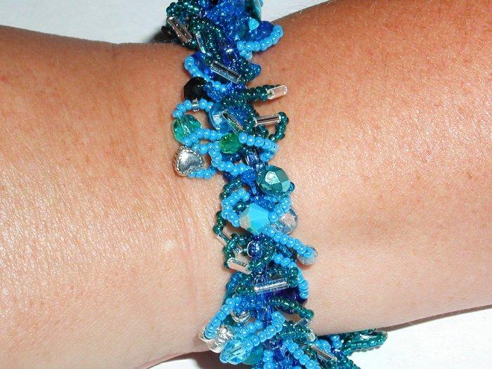 Colors of the Ocean Fluffy Bracelet!