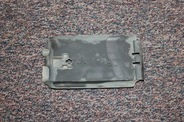 2004 Volvo XC90 Rail, short cover for Fuel lines from tank to engine 6CYL