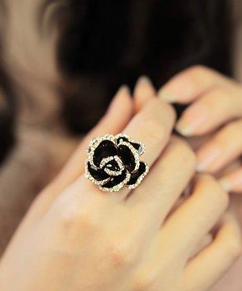 Diamond Black Rose Crystal Ring