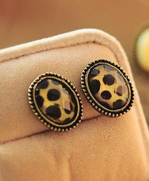 Phnom Penh retro round crystal gemstone earrings Leopard