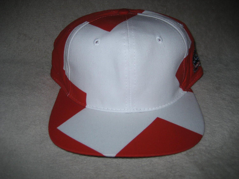 aa1c24d46c4 Global Caps Switzerland Suisse Swiss Flag Country Big Logo Blockhead Vintage  Snapback Hat NEW