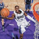 2015 Hoops Basketball Card #19 Darren Collison