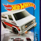 2015 Hot Wheels #55 Super Van White