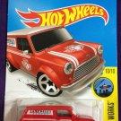 2016 Hot Wheels #175 67 Austin Mini Van