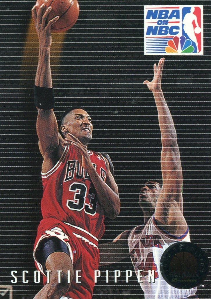1993 Skybox Basketball Card #16 Scottie Pippen