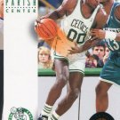 1993 Skybox Basketball Card #35 Robert Parish