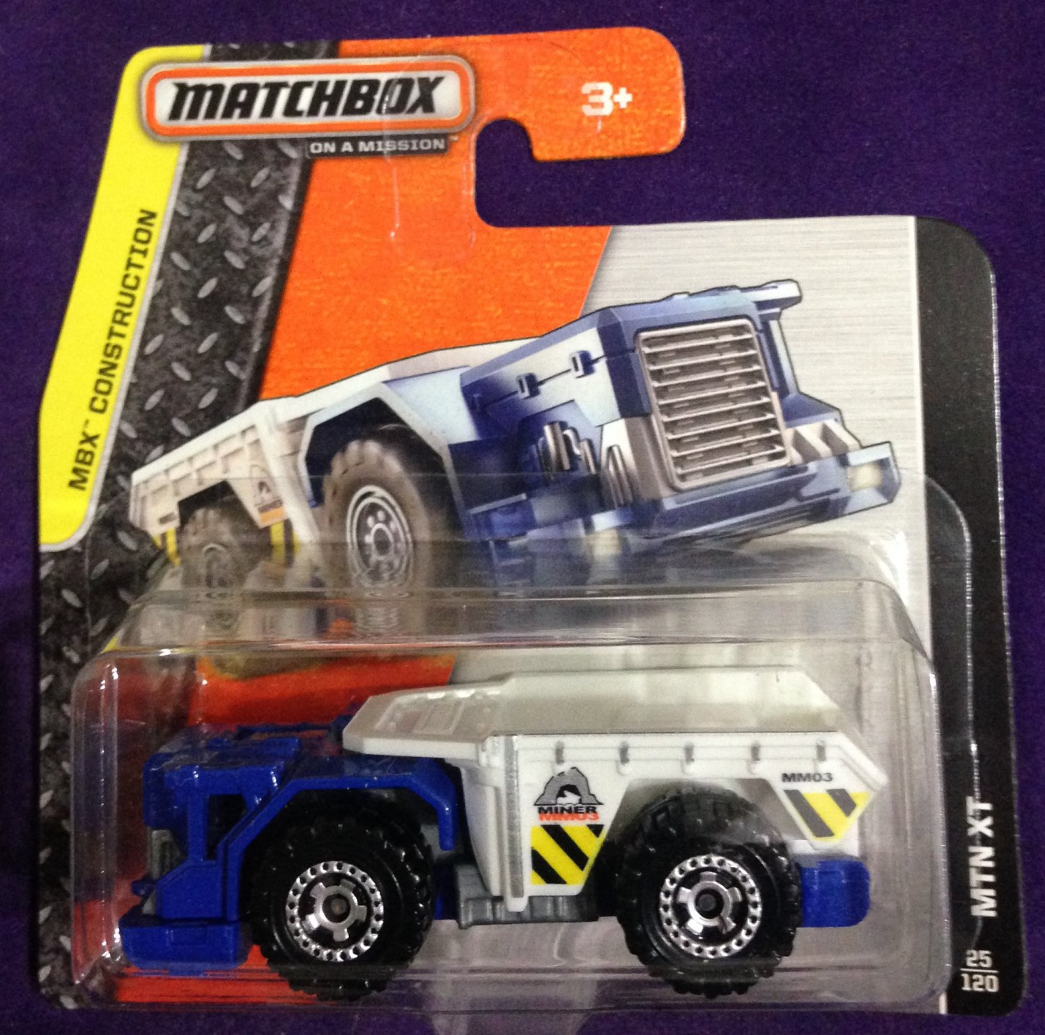 2015 Matchbox Short Card #25 MTN XT