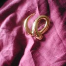 Gold Swirl Effect Brooch