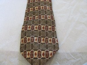 GUESS USA AMERICAN CLASSICS Handsome silk tie golds browns olive green NEW