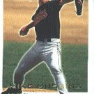 2001 Fleer Focus #50 Mike Mussina