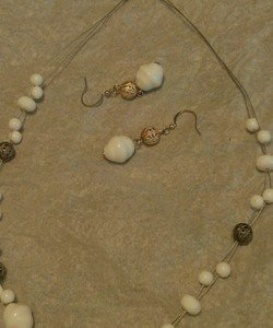 White and Silver Beaded Necklace & Earring Set