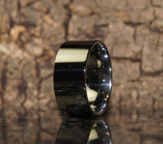 Tungsten ring - Size 9 - comfort fit - only 1,5 mm thick !