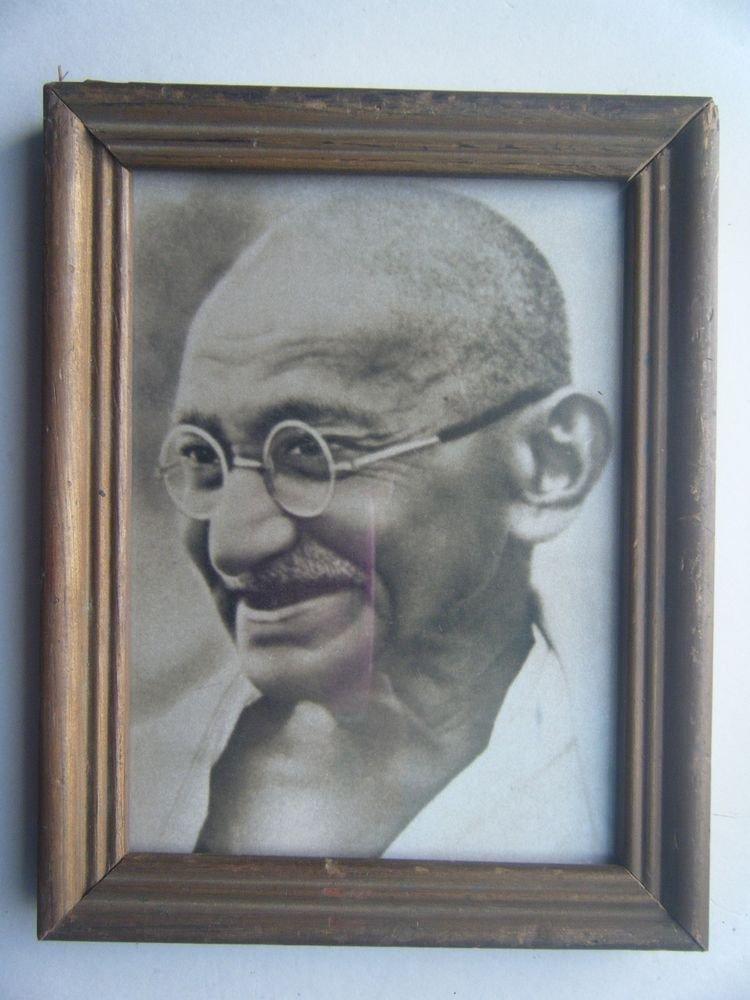 Mahatma Gandhi Bapu Photograph, Vintage Photo in Old Wooden Frame India #2725