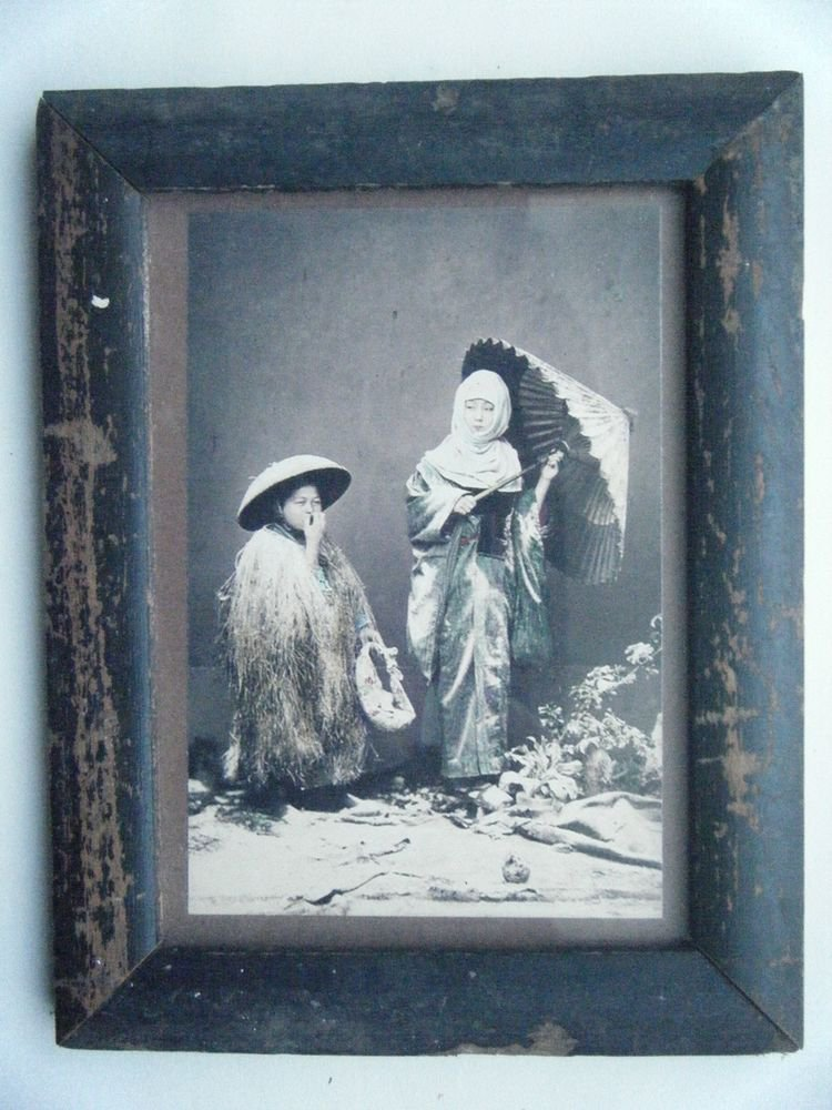 Original Old Hand Colour Photograph Beautiful Photo in Old Wooden Frame #2675