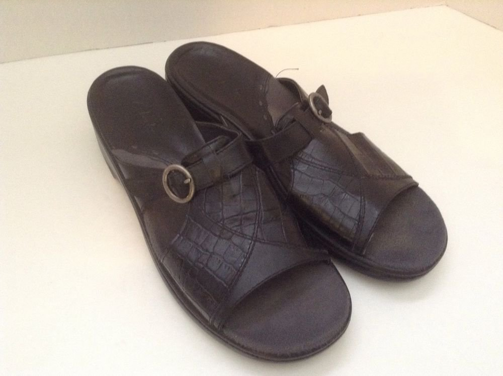 Clark's Women's Black Leather Sandals Slides Slip On Buckle 8M
