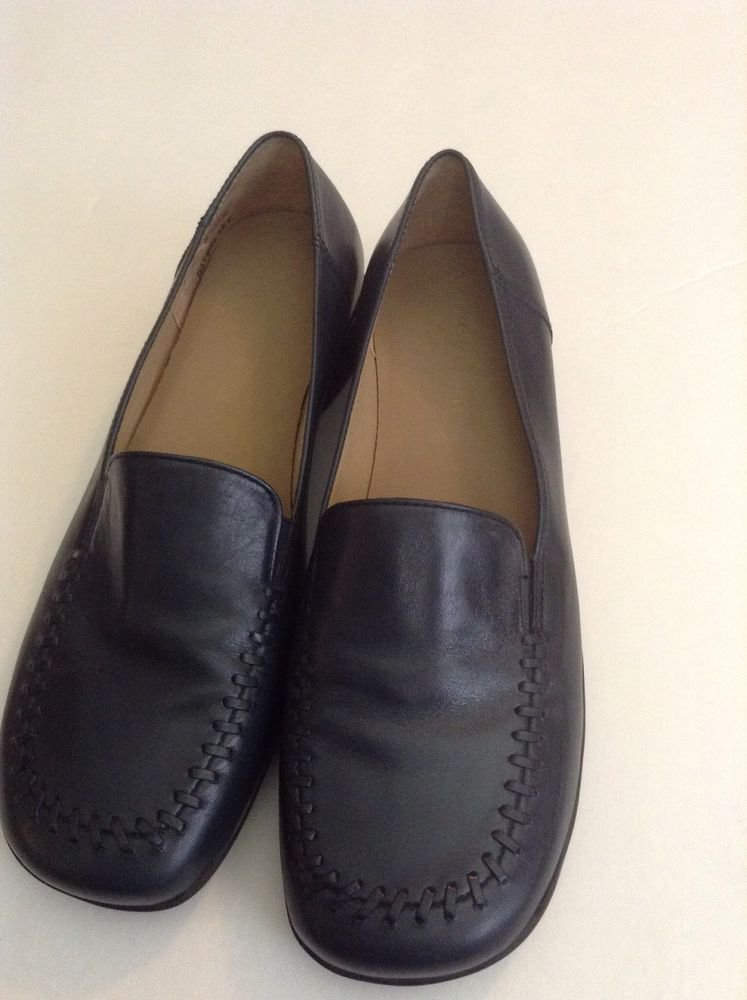 EASY SPIRIT NAVY  LADIES LEATHER LOAFERS SLIP ON SHOES SZ 6