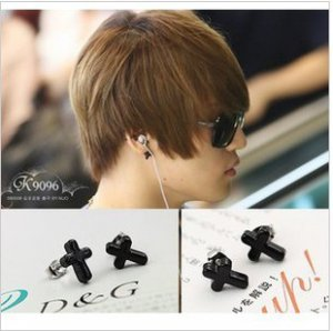 � TVXQ JYJ Jue Jung - Modern Black Cross Piercing Earring - Kpop