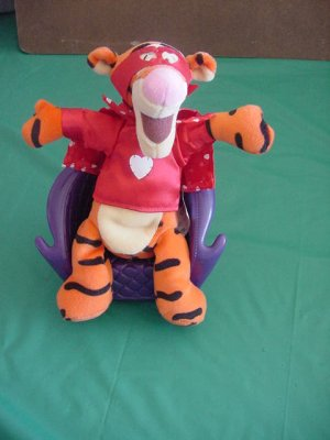 "Tigger Super Lover Beanie Stuffed Plush 7"" Pooh"