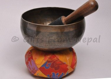 """7"""" Hand Hammered Painted Singing Meditation Bowl,Made of 7metals,From Nepal 2022"""
