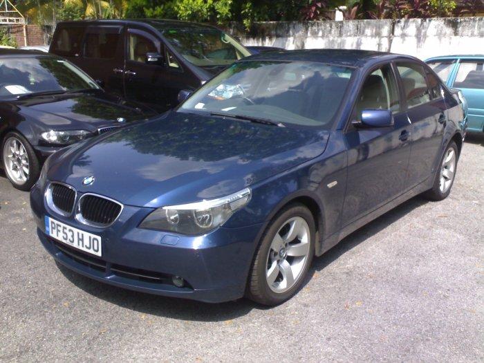 BMW525 E60