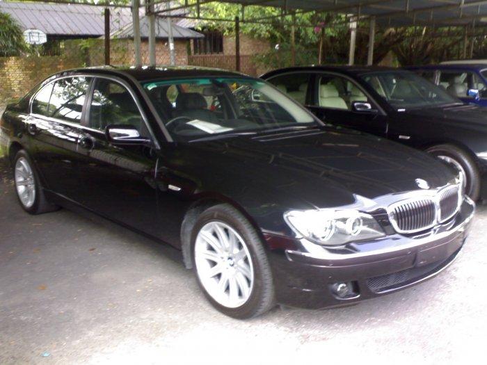 BMW735