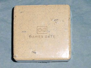 3 Davies Gate POLISHING FOOT Seeds & Grains Buffing Peppermint SOAP 4oz Bars
