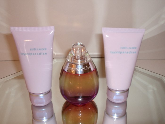 Estee Lauder Beyond Paradise Perfume/Body Lotion/Body Wash Set