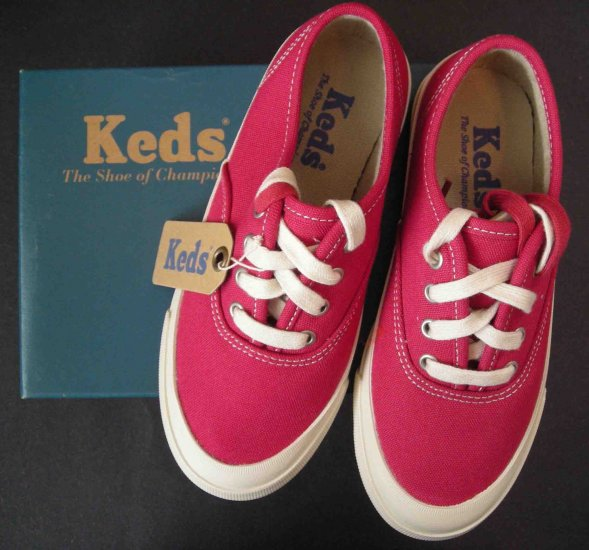 KEDS GIRL Triumph Red Sneakers Tennis Shoes New  12.5 121/2 $38 Retail