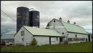 *Old White Farm Barn*  8x10 Color Photo