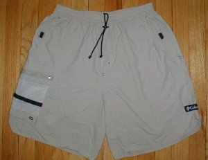 COLUMBIA SPORTSWEAR Mens Khaki Climbing Camping Hiking Cargo Shorts Sz Medium M  --MAKE AN OFFER!!