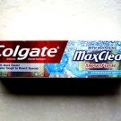 Colgate Maxclean with Whitening SmartFoam EFFERVESCENT MINT 6.0 oz Toothpaste NE